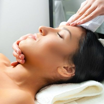 EVE TAYLOR FACIALS AT DUDLEY'S BEAUTY SALON IN NOTTINGHAM